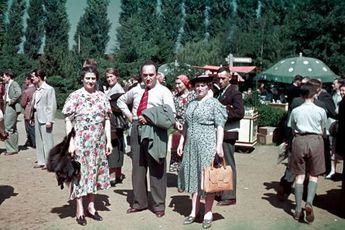 BERLIN Sommer 1939 Familienausflug zum Messegelände
