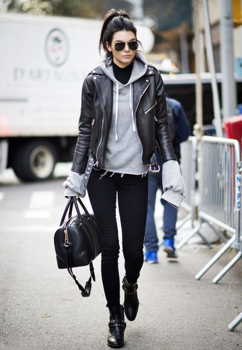 kendall jenner street style // i looove this casual look, especially the sleeves on that sweatshirt! perfection