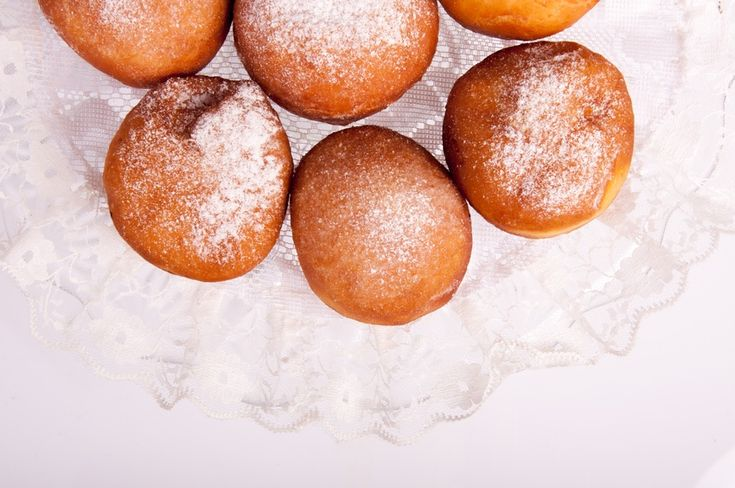 4 Recipes for Fall Doughnut Holes You Can Bake in the Oven