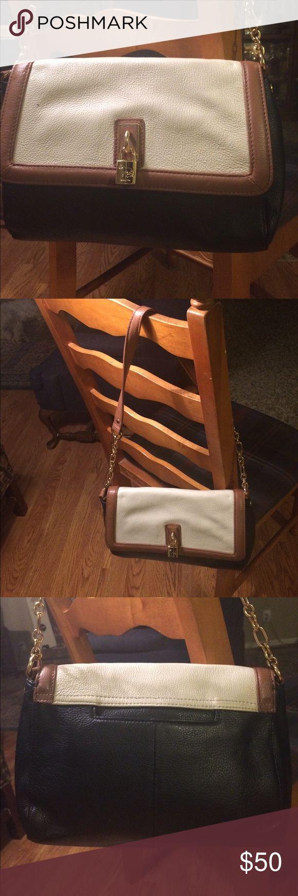 Emma Fox bag Beautiful....12.5x9.,,,perfect like new ....no flaws...100 percent leather Emma Fox Bags Shoulder Bags