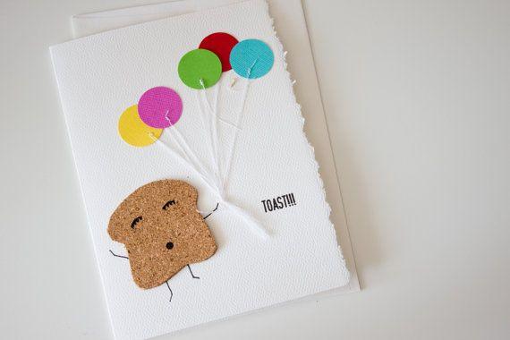 Modèle Toast!!!  Disponible en français et en anglais.  Fait main sur demande. Chaque carte est numérotée. Votre carte à Vous est unique.