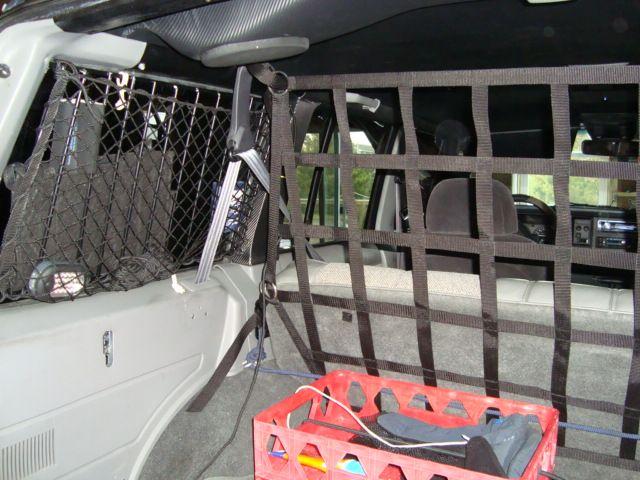 raingler net cargo area divider net jeep cherokee rbn barrier  rainglercom jeep
