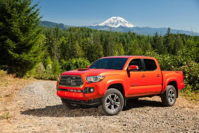 Photo Gallery: Meet the 2016 Toyota Tacoma TRD