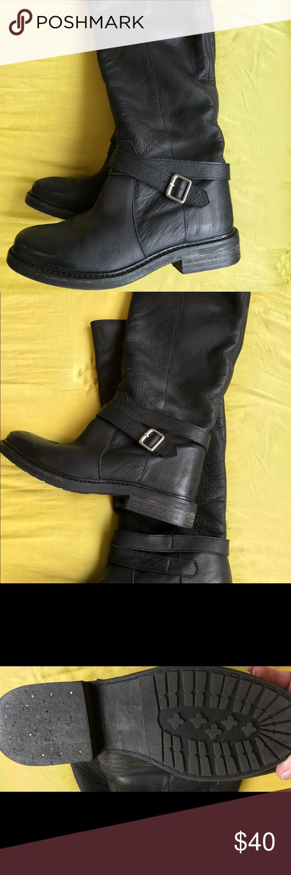 Leather boots by KG Kurt Geiger, size 37 (7) These pull on supple leather boots are gorgeous and comfortable.  Look great with everything.  In nearly new condition. K.G. Kurt Geiger Shoes Combat & Moto Boots