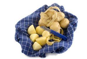 How to Store Peeled Potatoes thumbnail