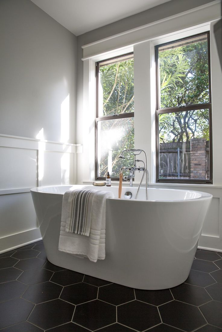 Bathroom ideas with freestanding tubs - Top 25 Best Bathroom Tubs Ideas On Pinterest Bathtub Ideas Master Master And Bathrooms