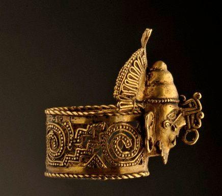 Anillo azteca