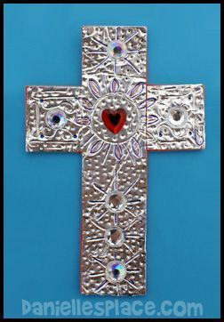 Silver Duct Tape Bible Craft from www.daniellesplace.com - Great craft for VBS