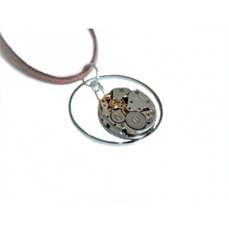 Steampunk Necklace XXI Steampunk necklace made of a small watch movement and connected ring. All is suspended on light bronze strap.
