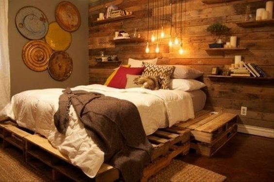 <3   -----    Focal Wall And Bed Made From Pallets   -----    #pallets