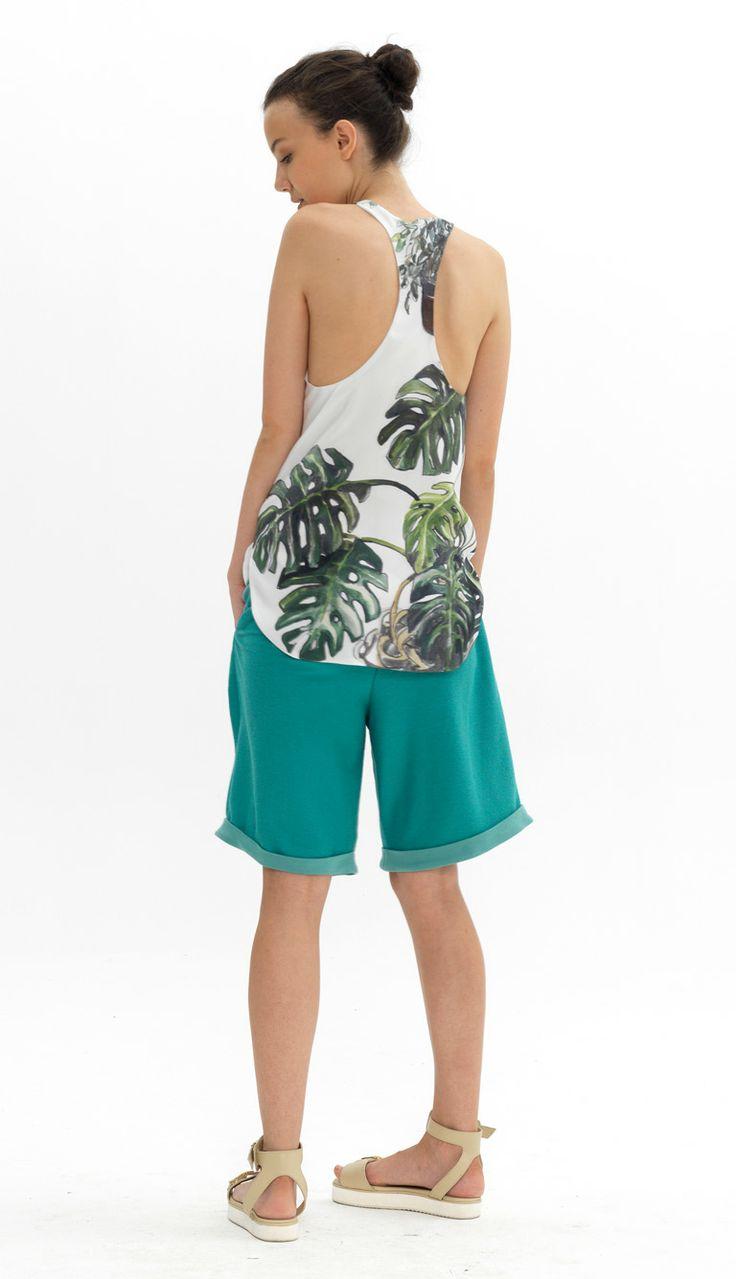 silk vest with curved hem reverse wide leg culottes