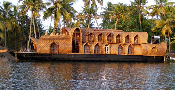 Kerala Houseboat, Houseboat Kerala, Kettuvallam Houseboat, Kerala backwater, Backwater tour Kerala, Kumarakom Houseboat, Alleppey Houseboats...