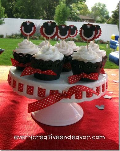 Mickey Birthday: Birthday Parties, 1St Birthday, Parties Ideas, Mickey Cupcakes, Mickey Birthday, Mickey Mouse Cupcakes, Cupcakes Rosa-Choqu, Parties Cupcakes, Mickey Mouse Clubhouses
