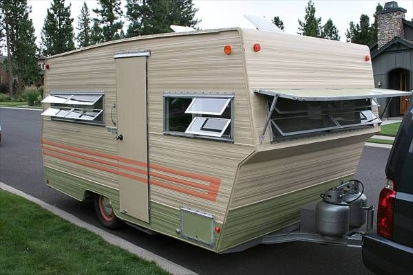 """1969 Aristocrat Land Commander Entrance 2 (from <a href=""""http://www.rollinvintage.com/picture.php?/2348/category/Aristocrat-Land-Commander-1969"""">Rollin' Vintage: Vintage Trailer Gallery!</a>)"""