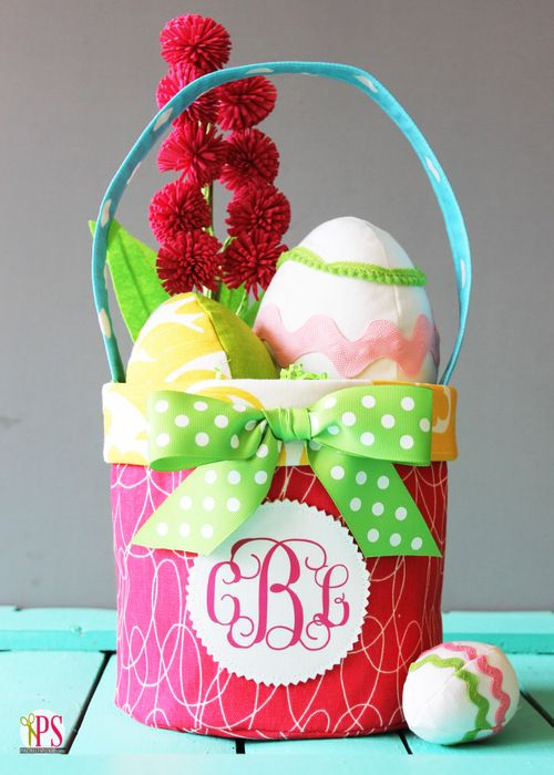 119 best easter quilts images on pinterest baby afghans baby fabric easter basket pattern and tutorial negle Images