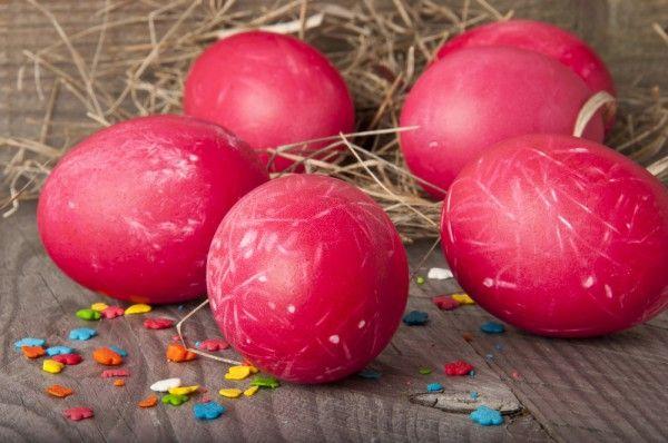 Как красить яйца свеклой, покраска пасхальных яиц свеклой - Пасха 2012 - IVONA - bigmir)net