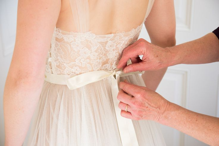 How to make a wedding dress. Great, humorous post. lol