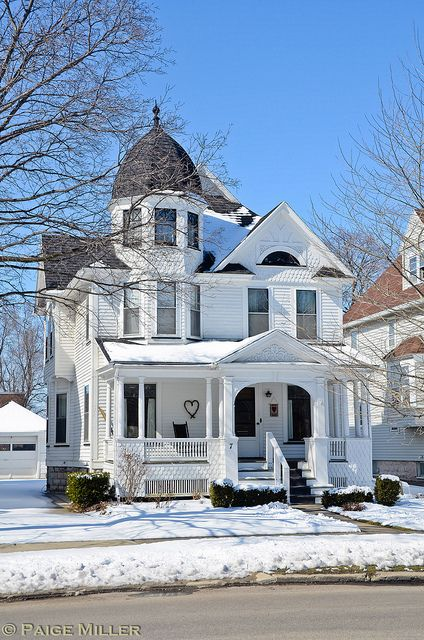 Batavia, NY Queen Anne style architecture on Summitt Street