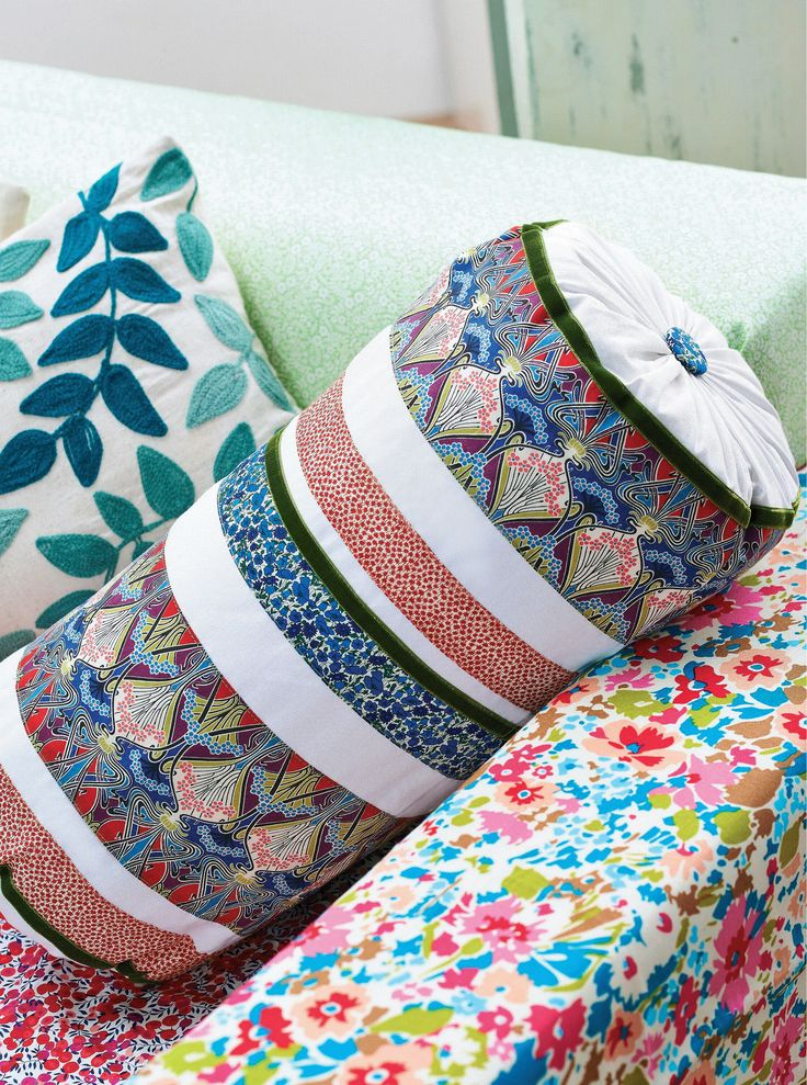 Liberty Print Bolster Cushion Membership required, but looks easy enough without instructions