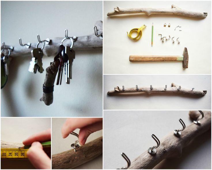 key hanger / key rack made of driftwood