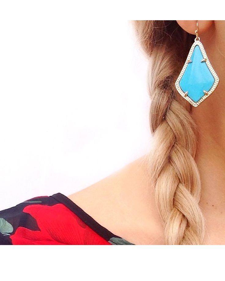 Alex Earrings in Black Iridescent - Kendra Scott's fun and fearless Alex earrings are stunning in new black iridescent glass stones.