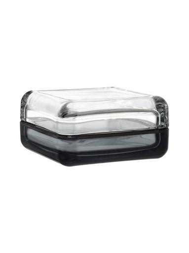 Lasitaiteilija Anu Penttisen suunnittelema ihastuttava rasia, johon voit laittaa lempiesineesi kauniisti esille. Materiaali on käsipestävää lasia. Vitriini-sarj...