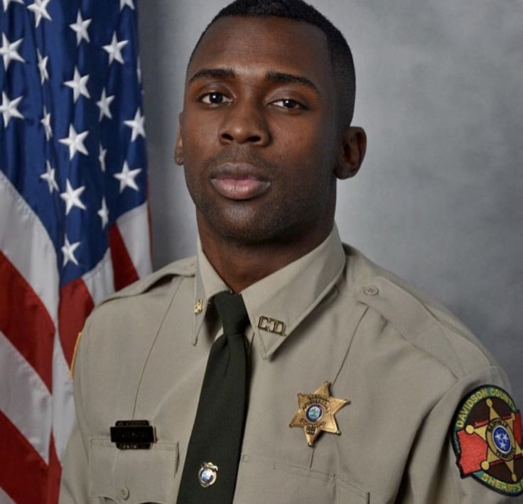 Black #Cosmopolitan Black Greekdom Mourns The Death of Omega Psi Phi's Joseph Gilmore   #Education, #FraternitiesAndSororities, #NationalPanHellenicCouncil, #OmegaPsiPhi         The Black fraternity and sorority community is currently mourning the loss of Davidson County Sheriff's Office deputy and proud member of Omega Psi Phi Fraternity, Inc., Joseph Gilmore. Gilmore died Tuesday morning, from injuries sustained Monday while returning home from visiting family, h...