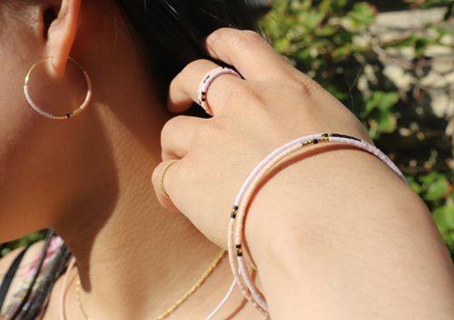 Smykkesæt med delica perler og memorywire