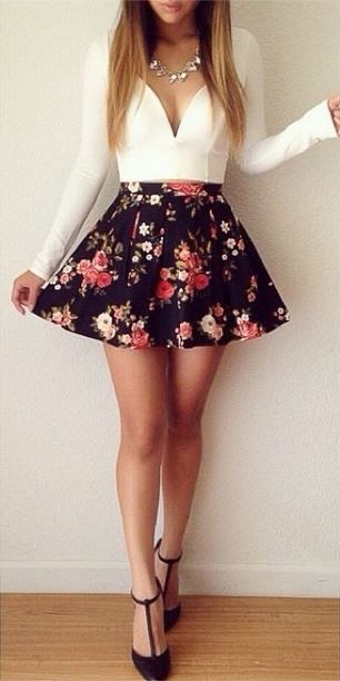 Love this outfit from Colors of Aurora! http://momsmags.net/best-skater-skirts-petite-teens/: