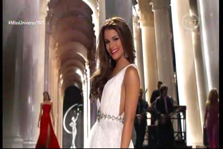 Miss República Dominicana En La Competencia De Vestido De Gala En Miss Universo #Video