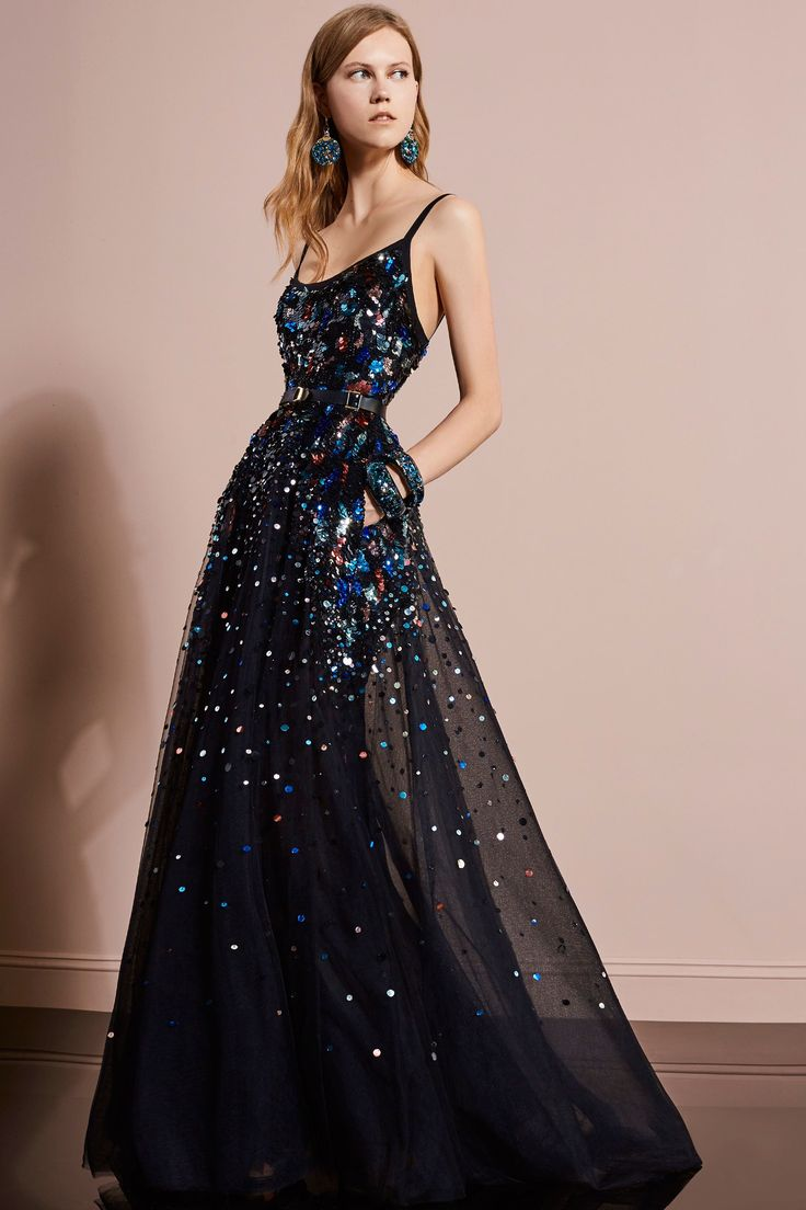 Elie Saab Resort 2018: Gorgeous ball gown! I love the navy underlay with the colorful beading.