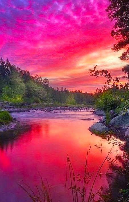 Amazing Views of Sun -Mt. Hood, Oregon