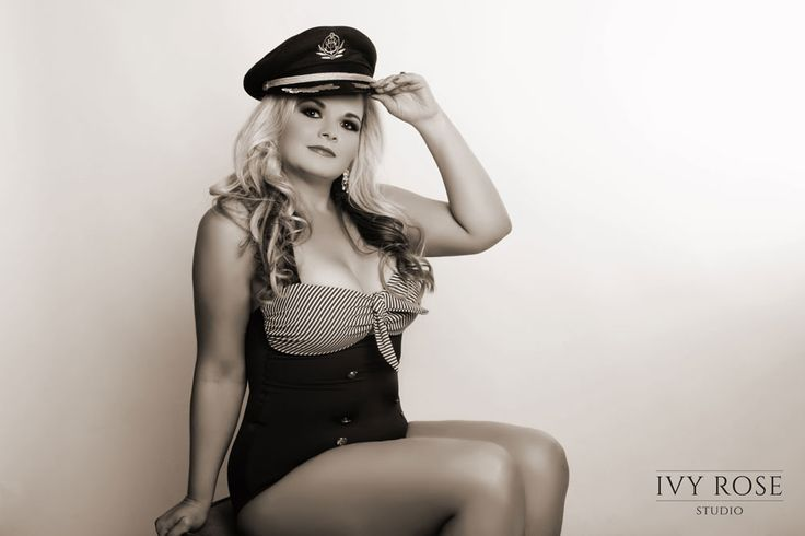 Pin up Photography - Ivy Rose Studio - Vintage - Sailor Outfit