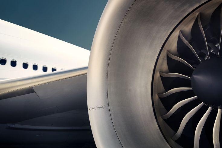 Lufthansa by Dominik Mentzos #lufthansa #plane #photography