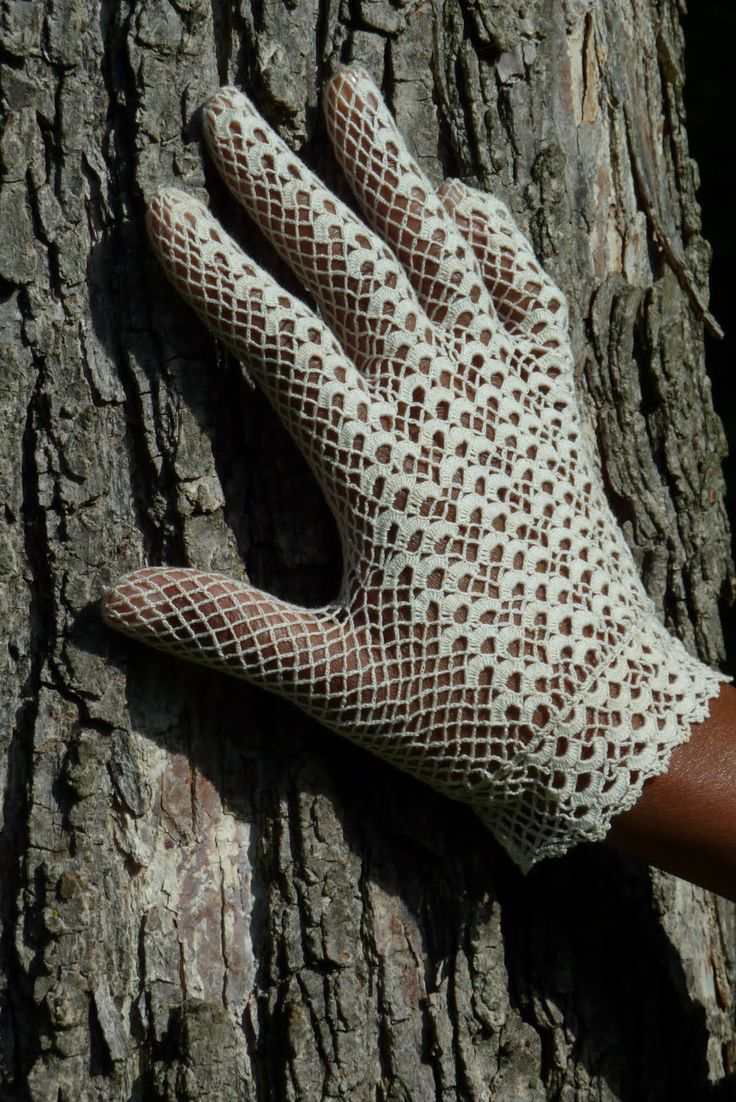 Vintage crochet lace Gloves