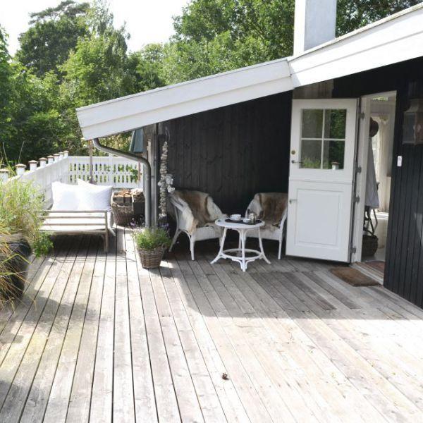 Vakantiehuis Hornbæk ligt in het uiterste noorden van Seeland, ten noorden van de hoofdstad Kopenhagen. Een typisch Scandinavisch vakantiehuis, van hout en in stijl! Een hele grote aanrader.