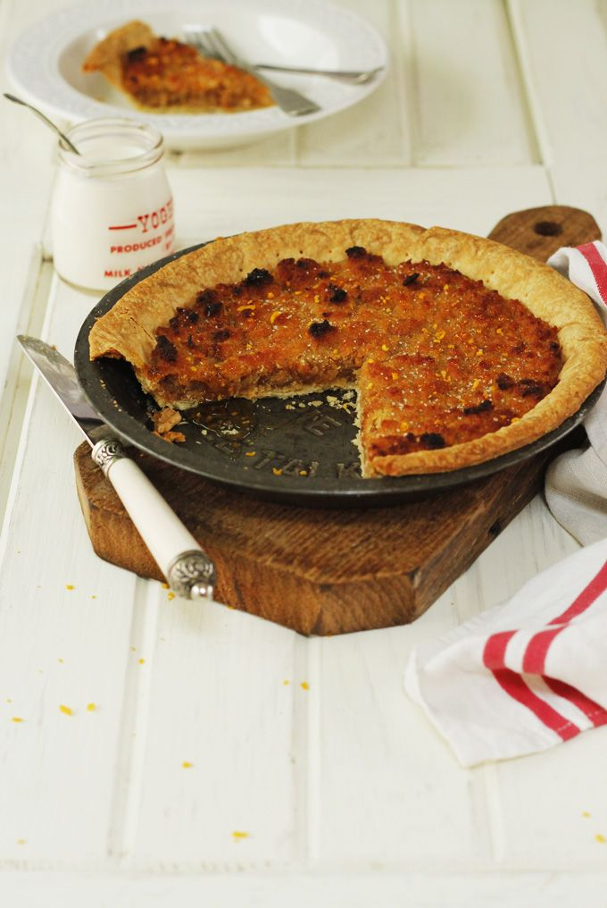 Treacle tart with orange and ginger