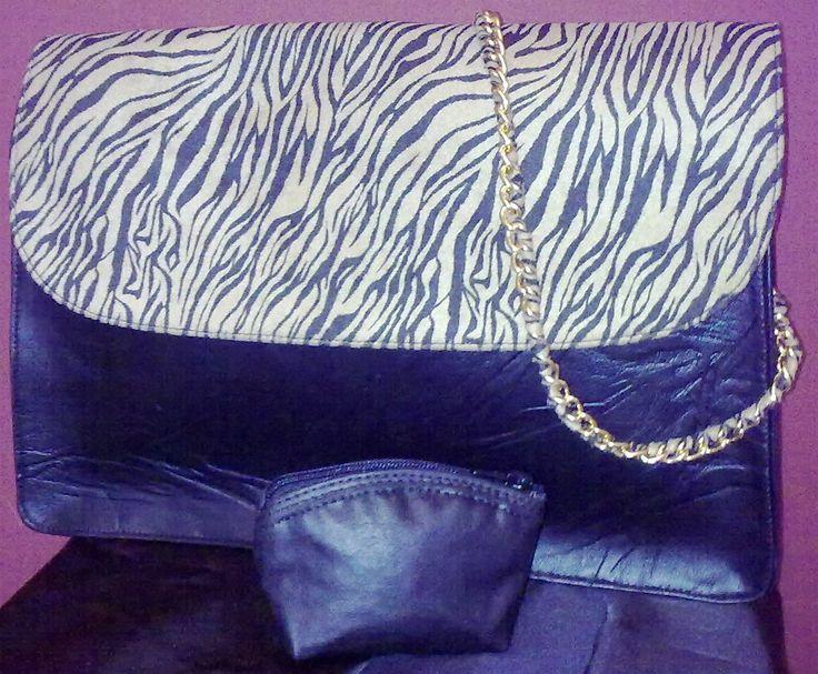 Shoulder bag + coin purse