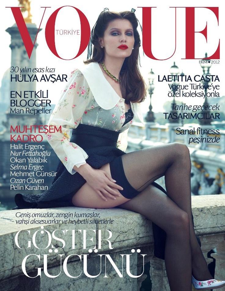 Laetitia Casta muestra algunas piernas en la Portada de Vogue Turquía  octubre 2012 por Sean &