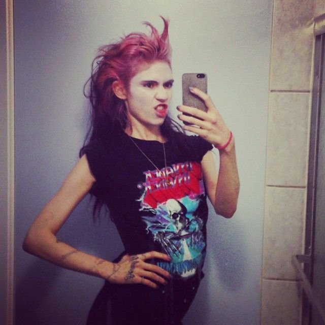 Grimes S Most Daring Beauty Looks The Most Fashionable