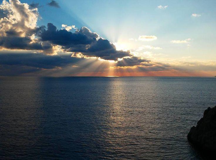 ❤  Kaputaş Plajı'nda gün batımı. 🌅  #günbatımı #sunset #kaputaş #plaj #beach #sky #gökyüzü #bulut #clouds #sun #güneş #deniz #sea #manzara #landscape #picoftheday #photooftheday #kalkan #kaş #antalya