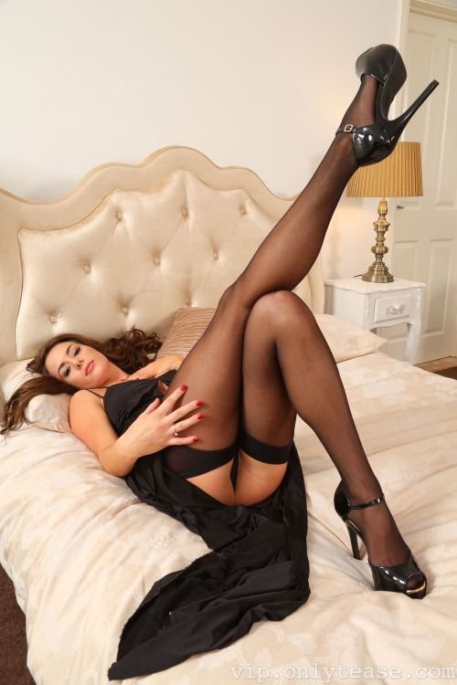 Boots Pantyhose Spread Shots 14
