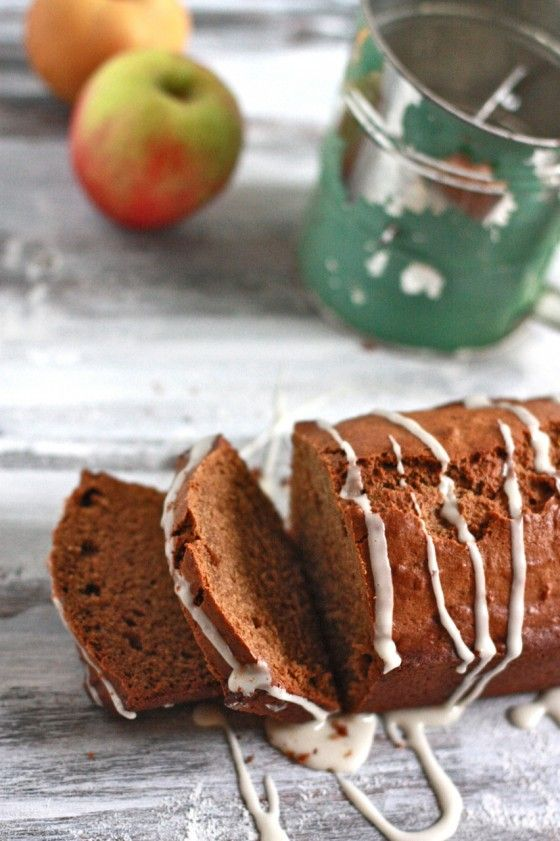apple spice bread with apple cider glaze.: Apples Cider, Pumpkin Breads, Keys Treats, Cider Glaze, Glaze Recipe, Fall Recipe, Apple Cider, Apples Spices, Spices Breads