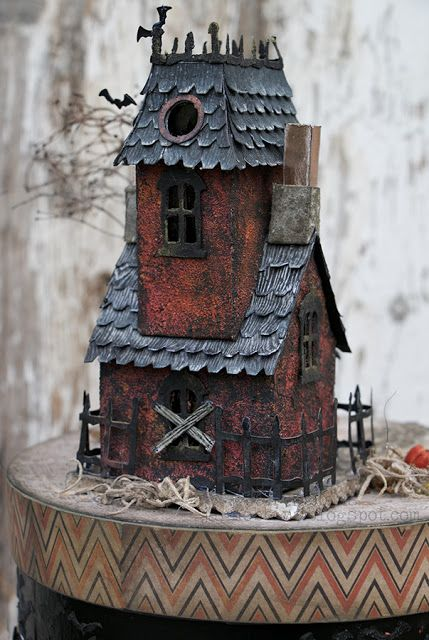 In My Own Imagination: HAPPY HAUNTINGS with DIY Sizzix Village Manor