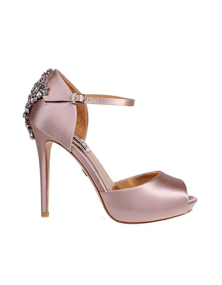 Wedding day inspiration from Kleinfeld Canada: Badgley Mischka shoes, Gene Blush