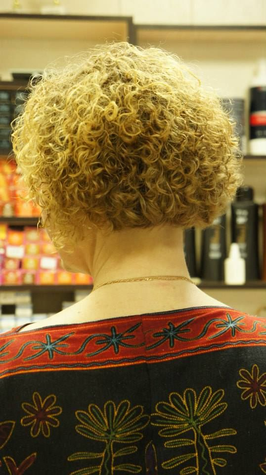 short haircuts for permed hair 292 best images about perms on curly bob 5289 | 8d519175bd8d694b236fadc0b79ccbc5 bob back view hair perms