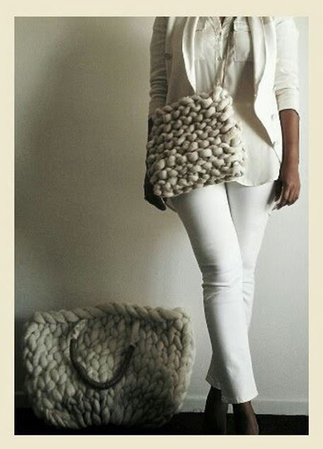 crushculdesac:❖ Mega Wool! | via IAMGIGANTICKNITS instagram❖