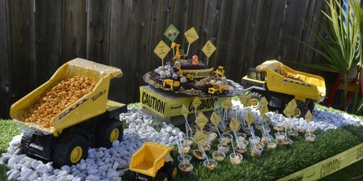 479 Best Images About Parties Construction Or Digger On