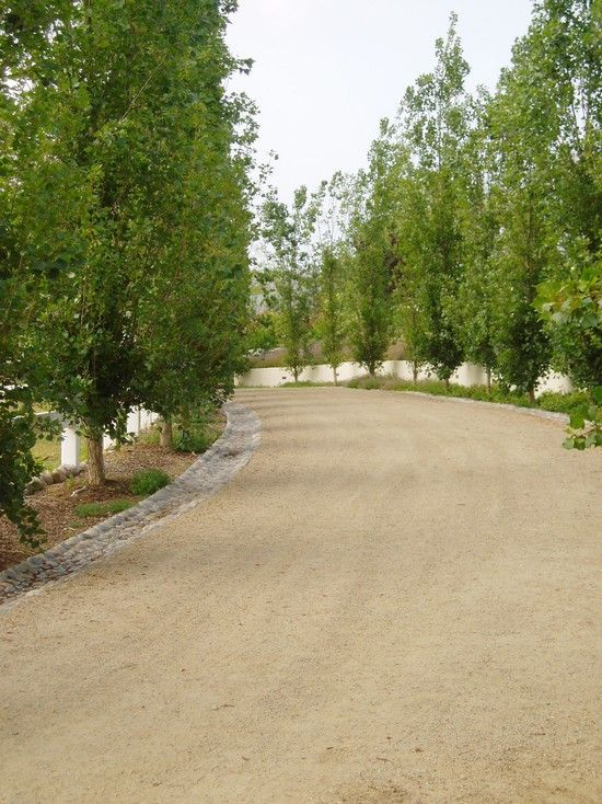 25 best ideas about driveway design on pinterest circle driveway driveway border and gravel driveway - Driveway Design Ideas
