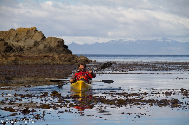 Patagonia: Kayak in Magallanes, Chile. Photo by Evelyn Pfeiffer.